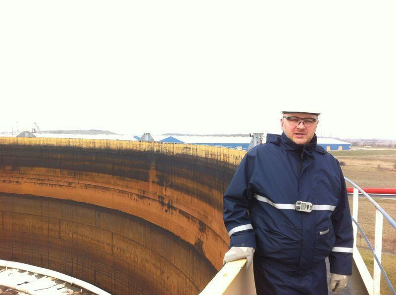 Visiting the work site of a tank cleaning in the Netherlands